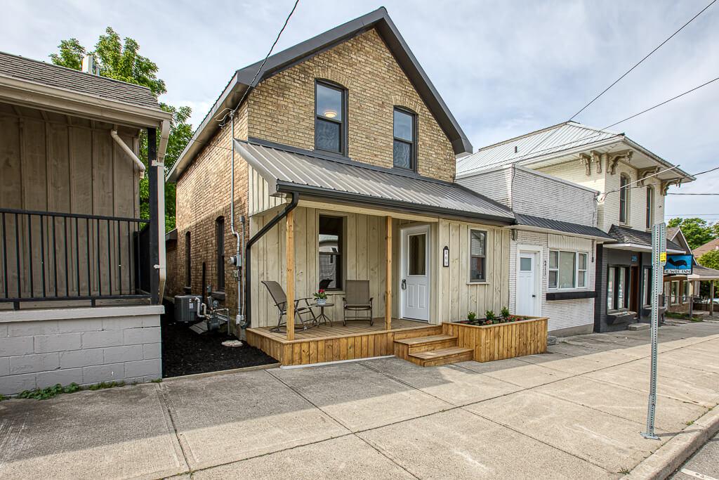 209 Main St W, Otterville, ON